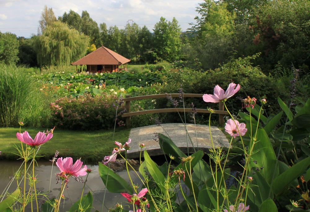 Jardins_des_Martels_-_temple_cosmos