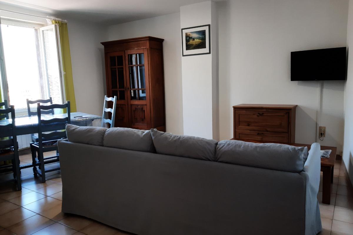 Appartement avec vue sur le Tarn à Albi à proximité du Vieil Albi.