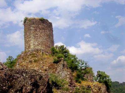 Château de Thuriès à Pampelonne- Gorges du Viaur