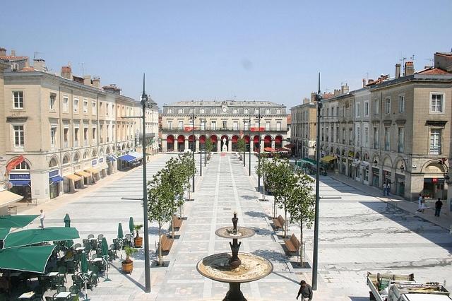 Place Jean-Jaurès Castres
