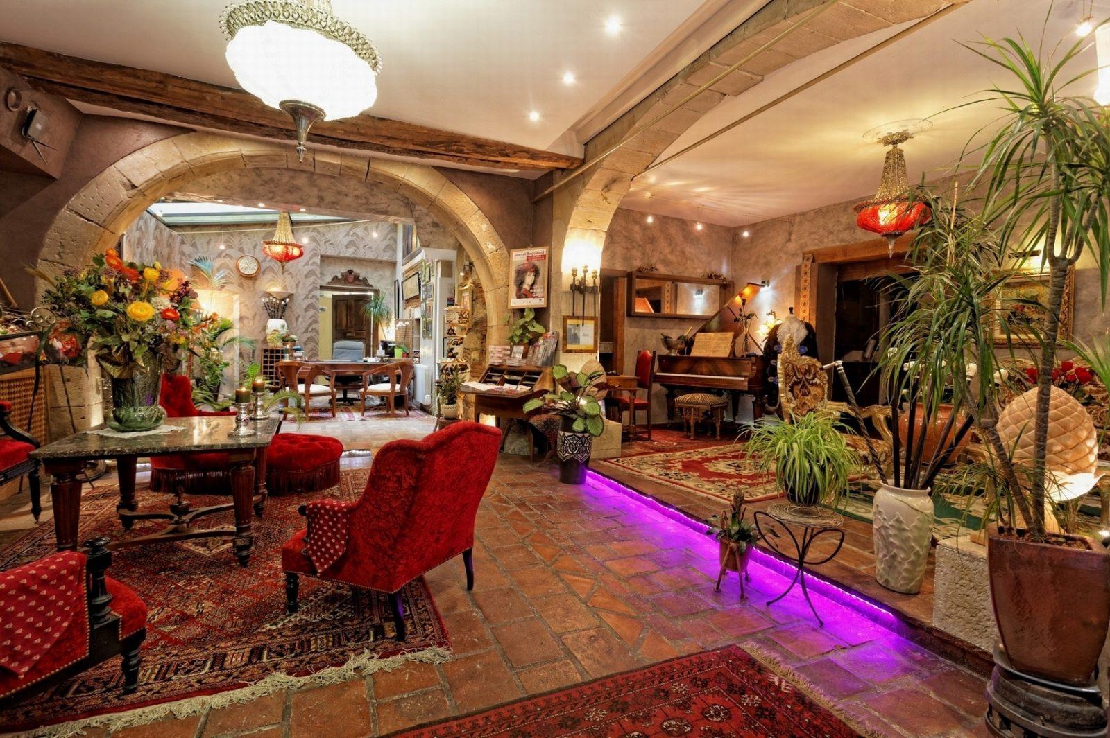 Hotel Renaissance-Lobby