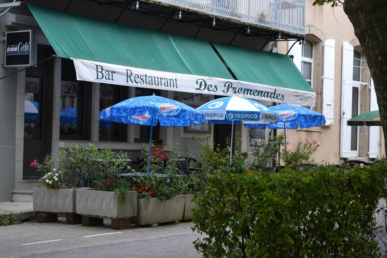 Les Promenades Café – Restaurant