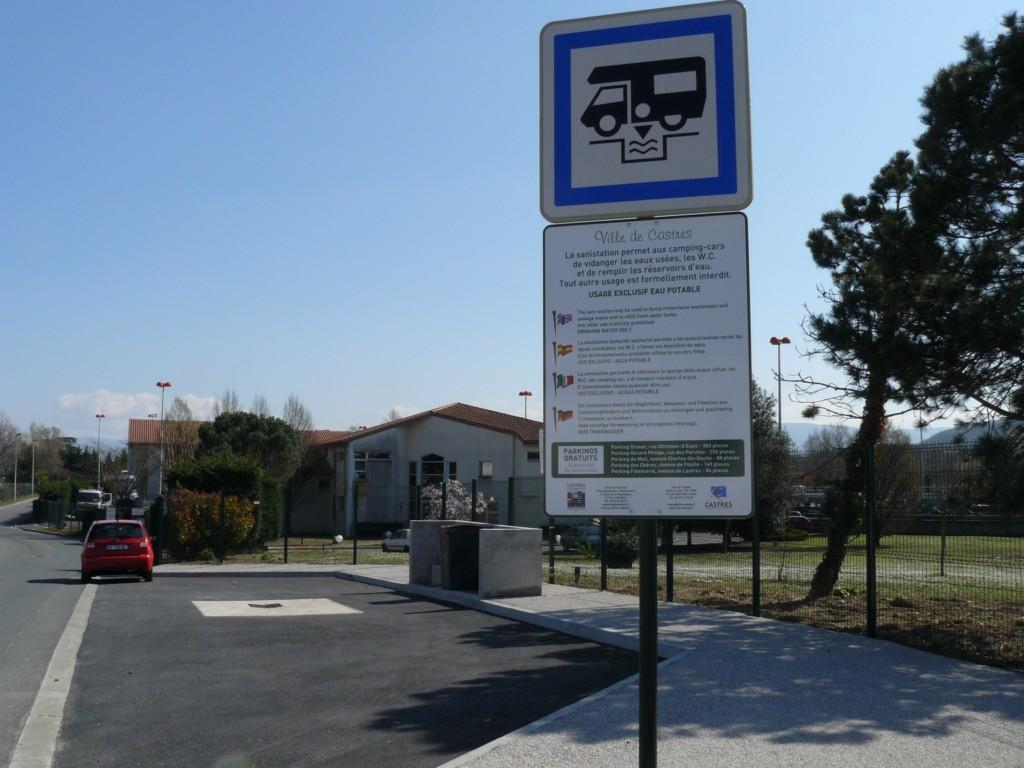 Borne de Services Camping-Car de Castres