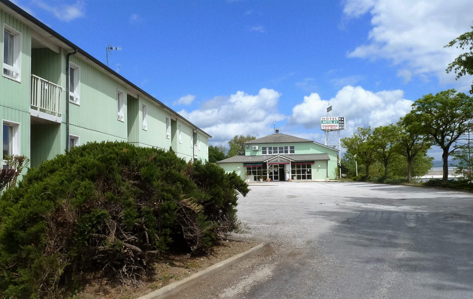 Hôtel Motel 8