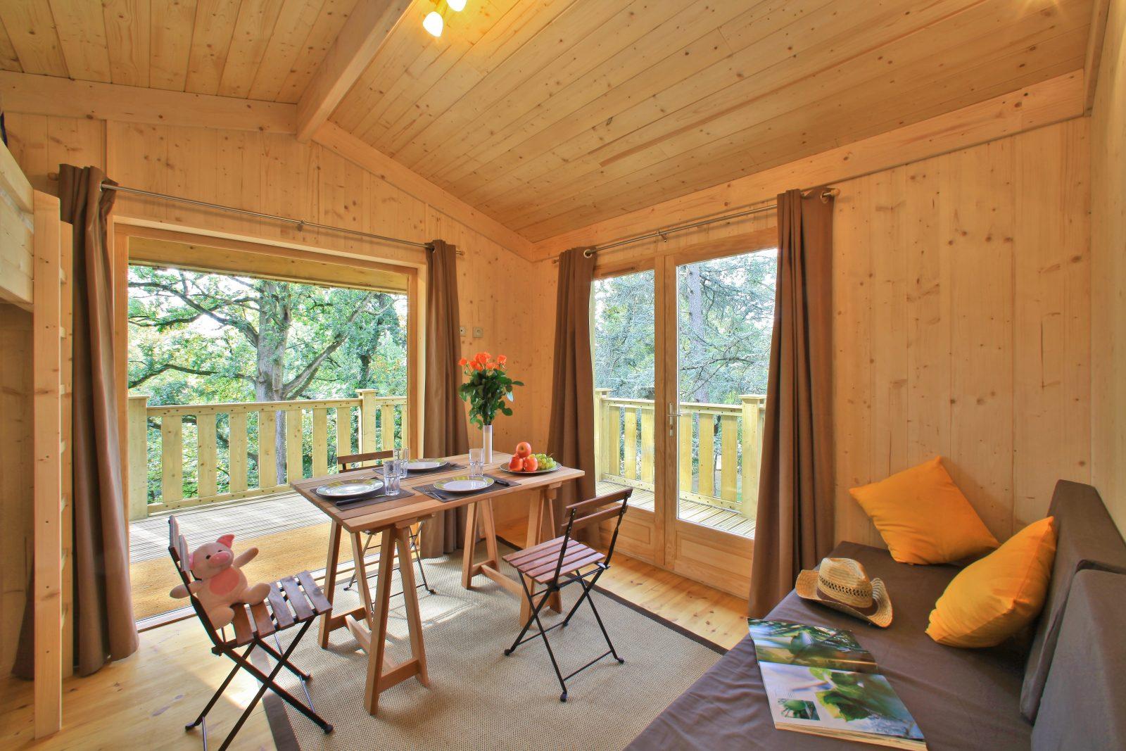 Albirondack Camping Tarn Cabane perchée intérieur