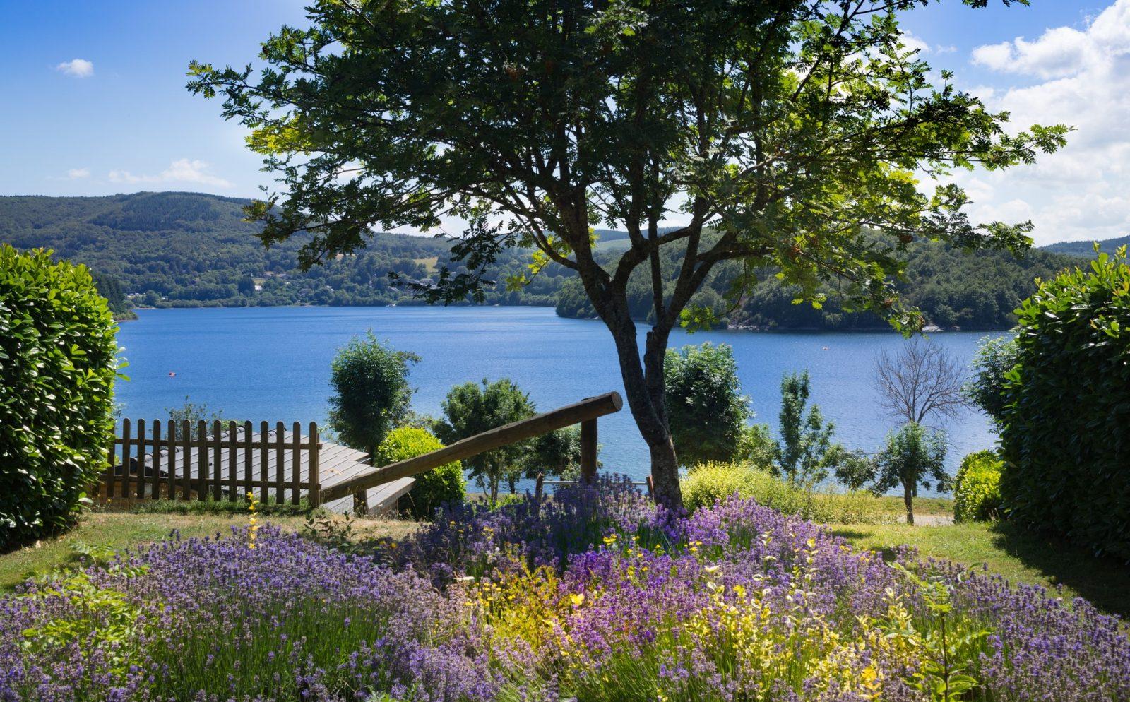 Les Rives du Lac du Laouzas