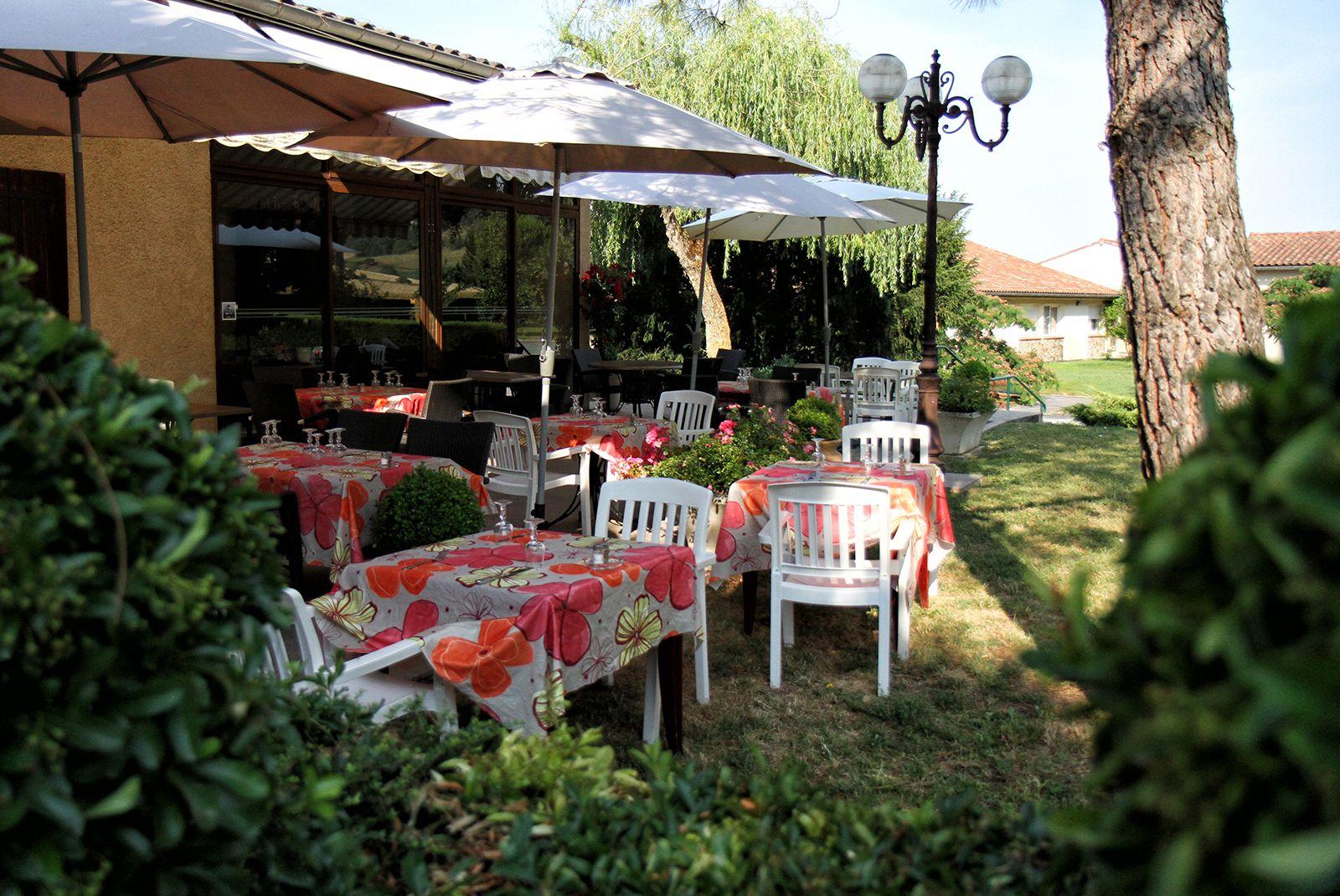 Salle du restaurant La Bombardiere