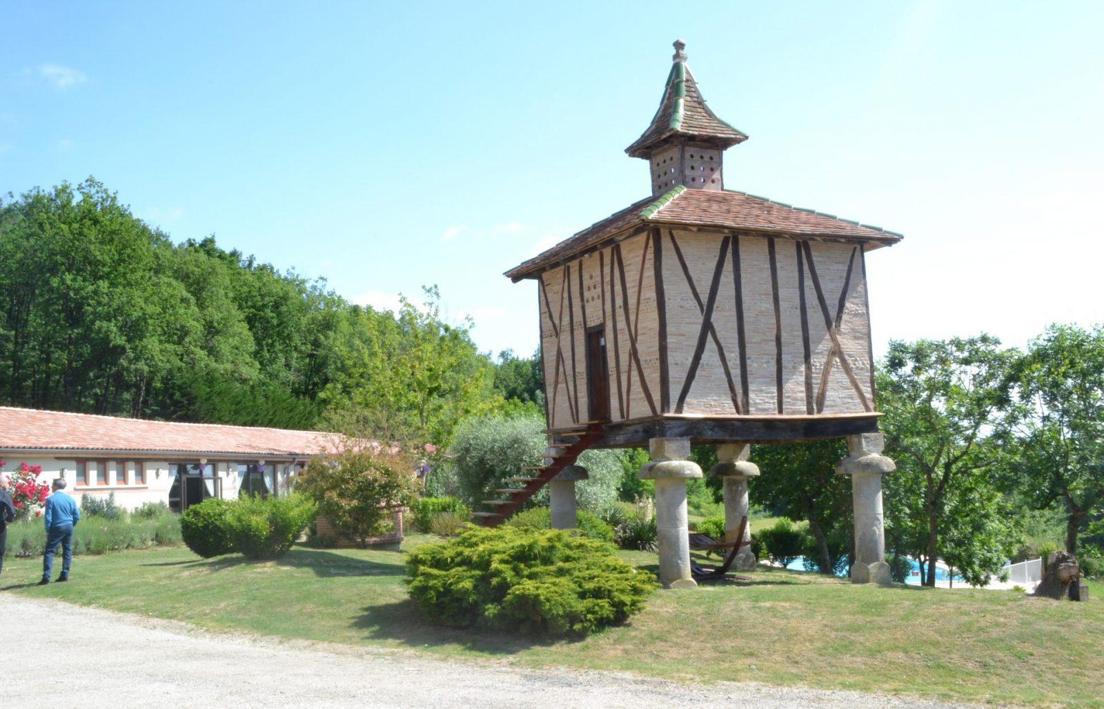 Saint Pierre de Rousieux