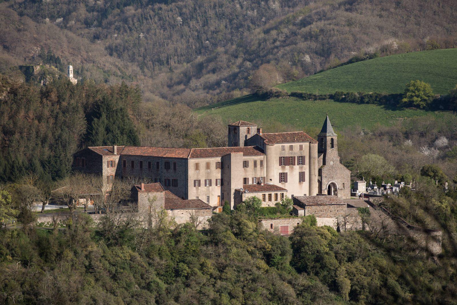 Le prieuré d'Ambialet