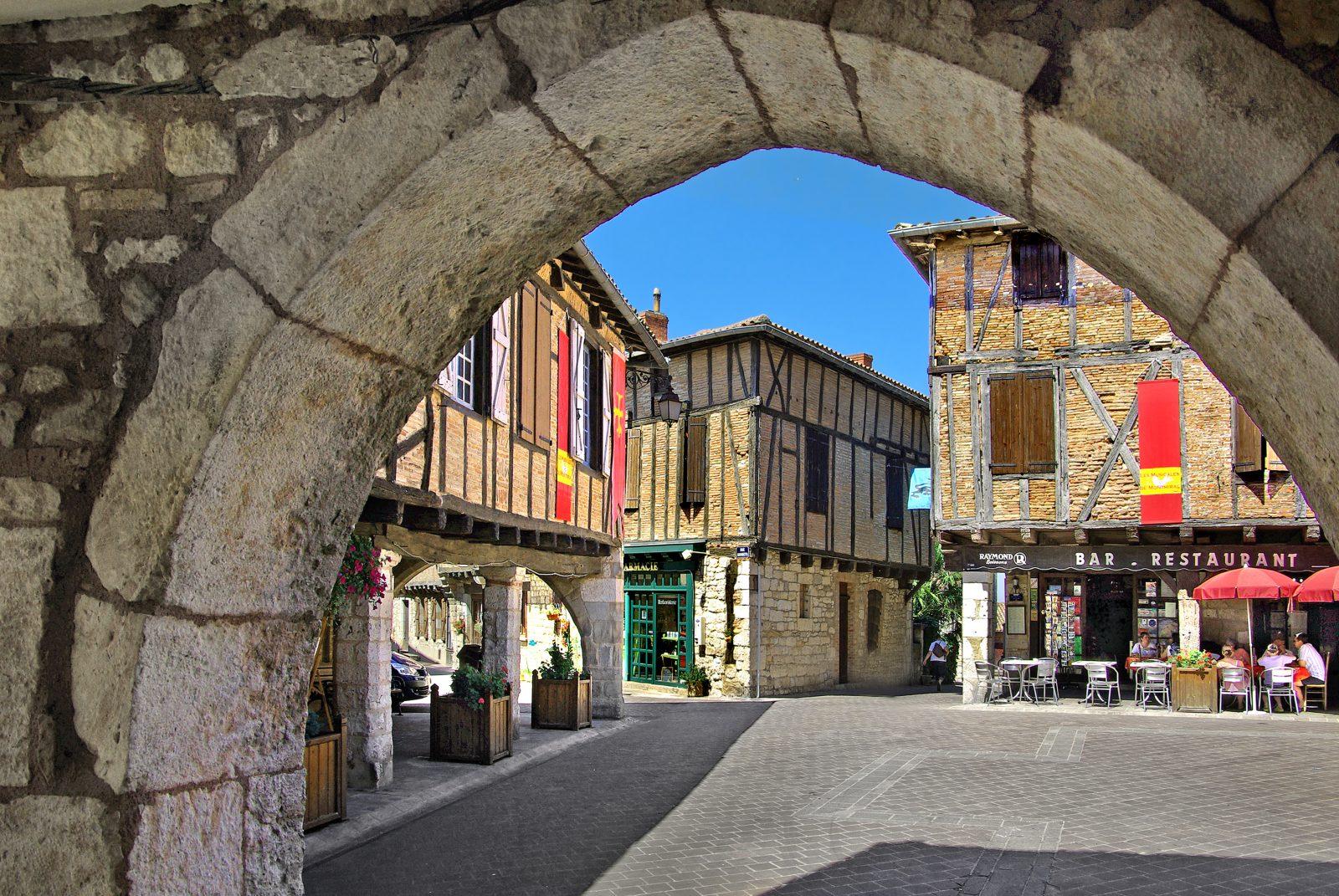 Vacances Tarnaises – Week-end Visite guidée privative de Castelnau-de-Montmiral