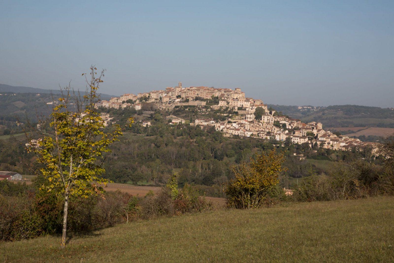 Vacances Tarnaises – Séjour Visite guidée privative de Cordes Sur Ciel