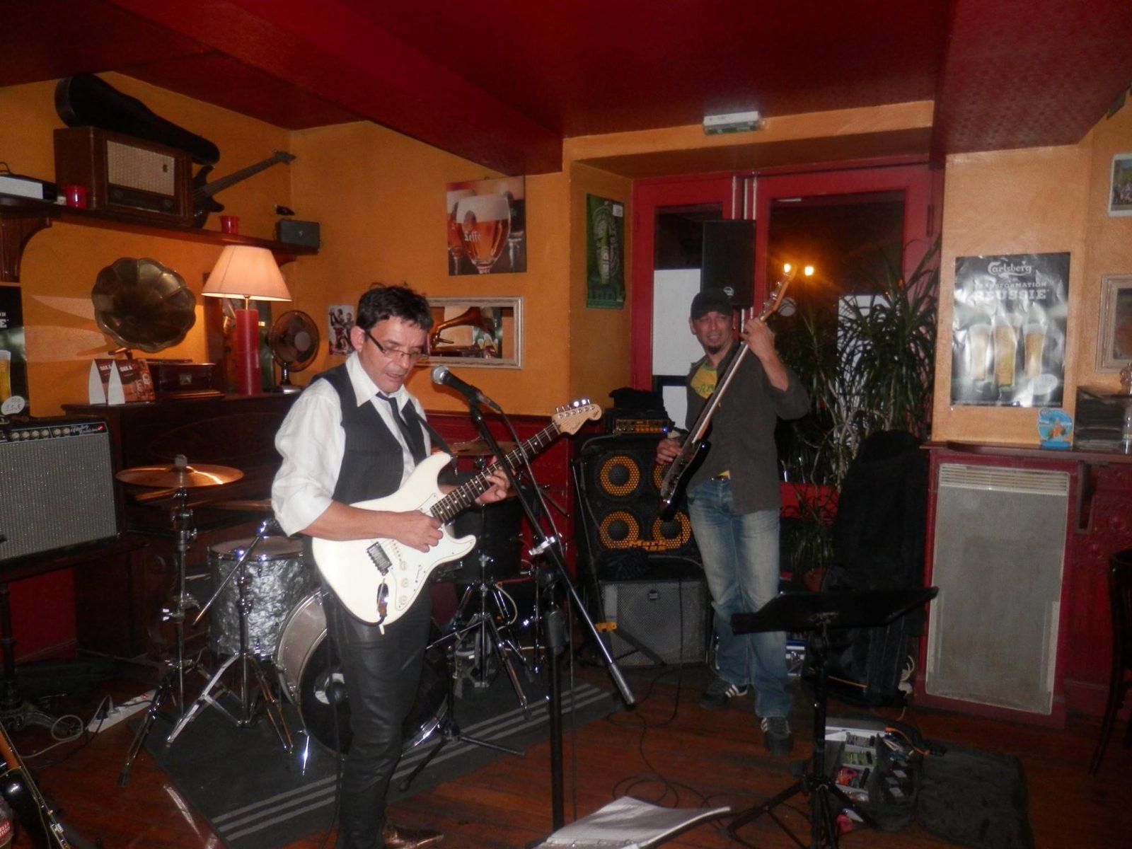 Bar – Brasserie «Le Grand Café Les Américains» – Lavaur – Tarn