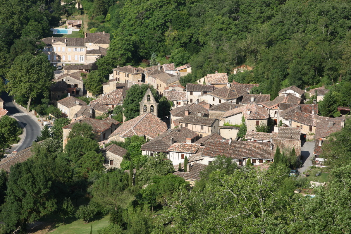 le village de larroque