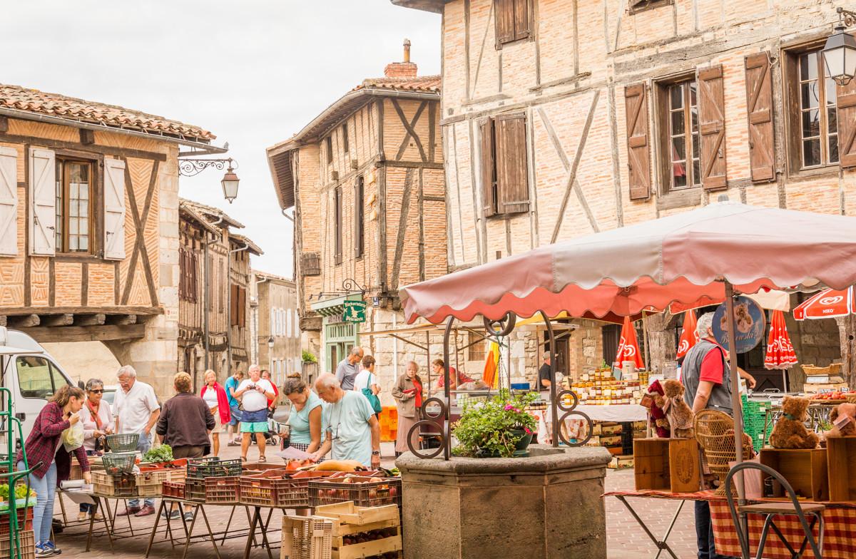 Marché de Castelnau de Montmiral