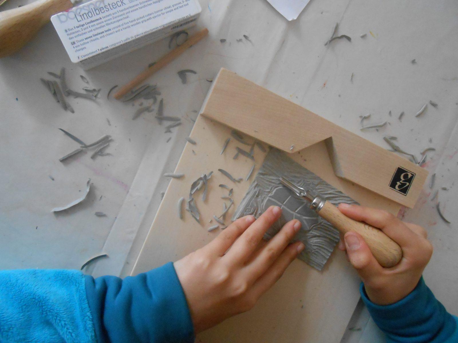 Linogravure à l'Atelier Polymorphe