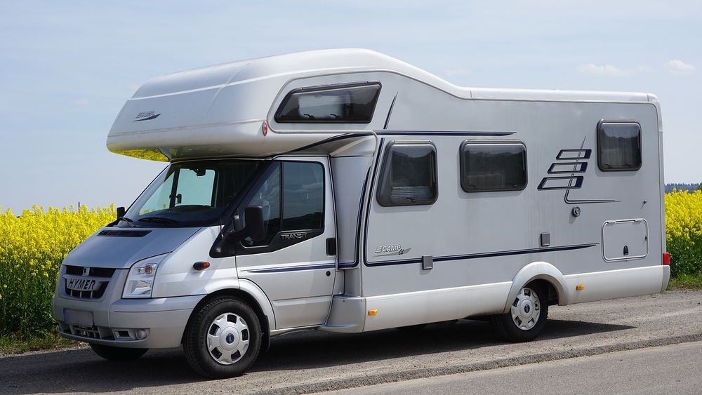 Borne de services et aire de stationnement camping-car Sourigous