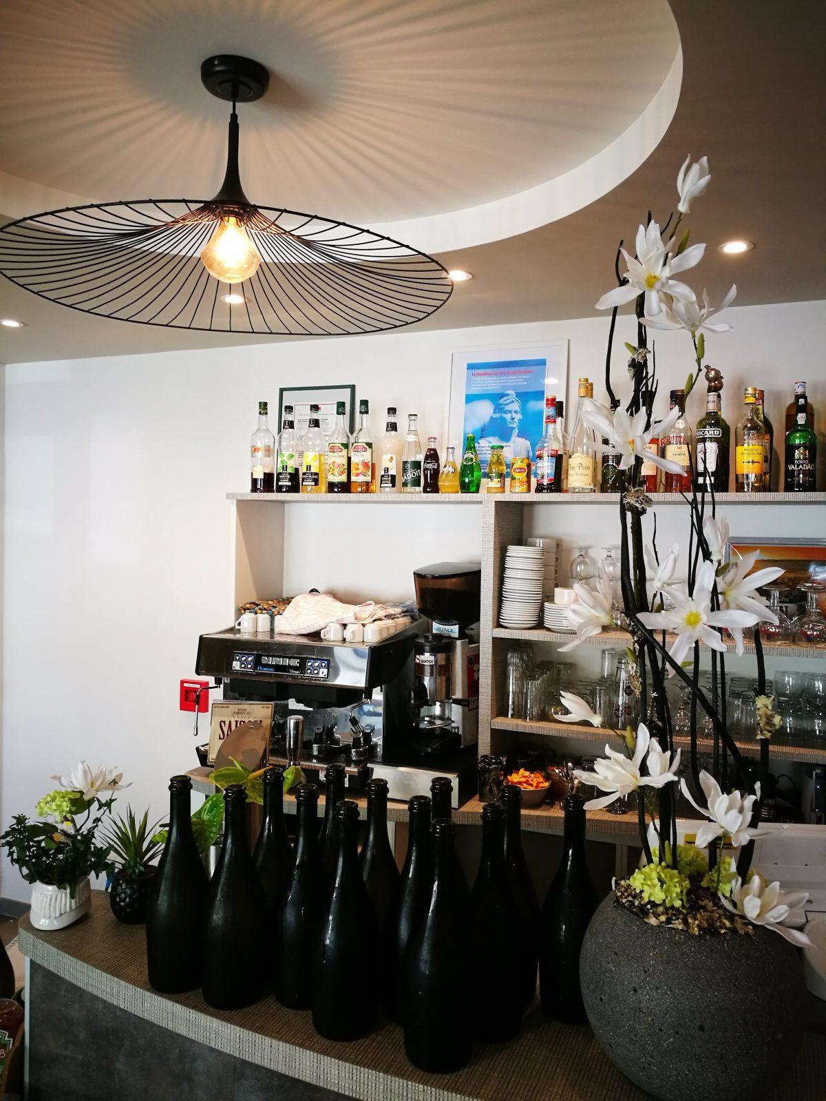 Chez Martine bar