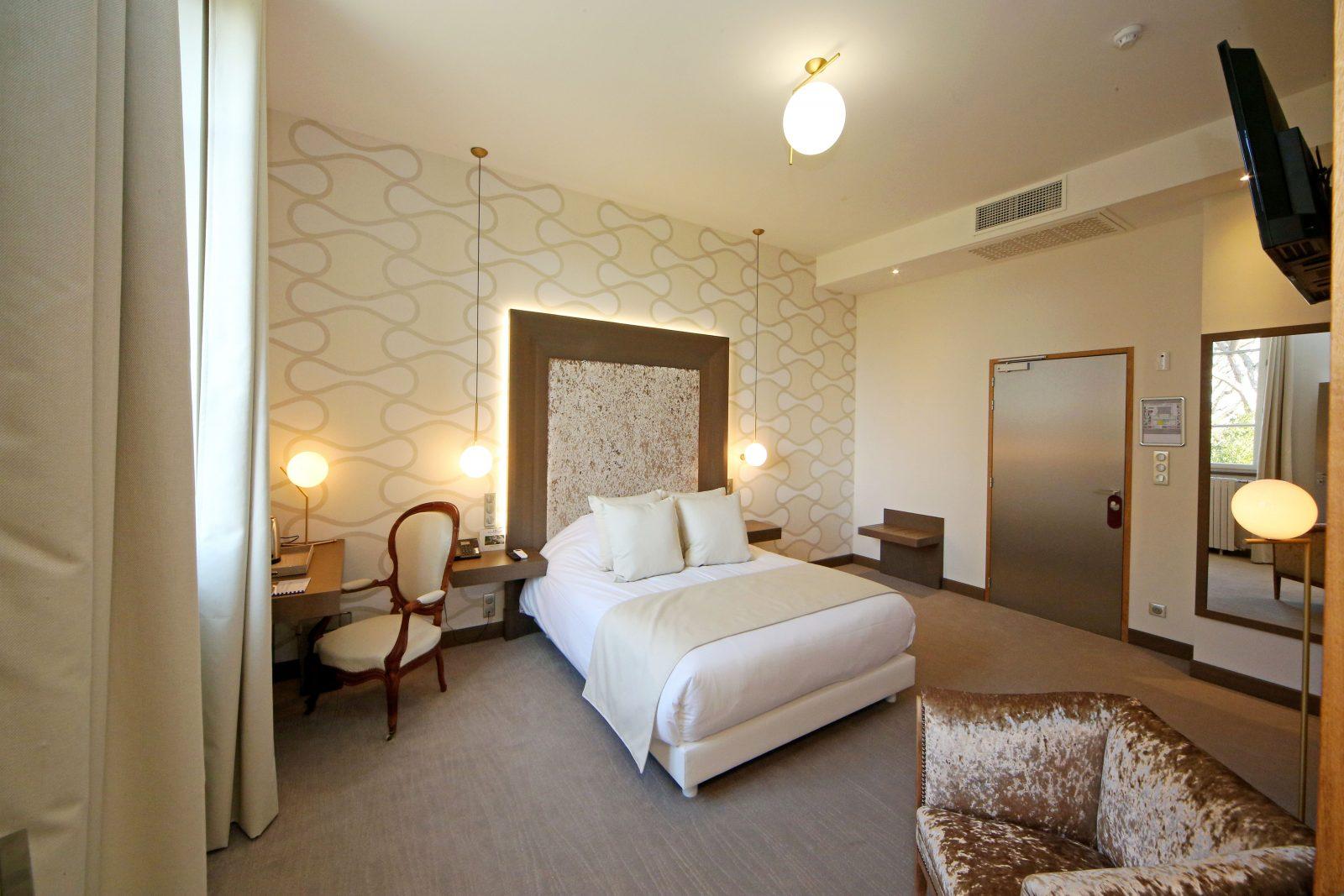 Domaine d'En Fargou – Hôtel 4* – Chambre Or – Saint-Sulpice Tarn –