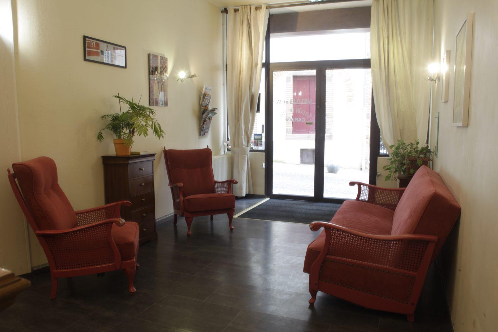 hotel saint clair salon