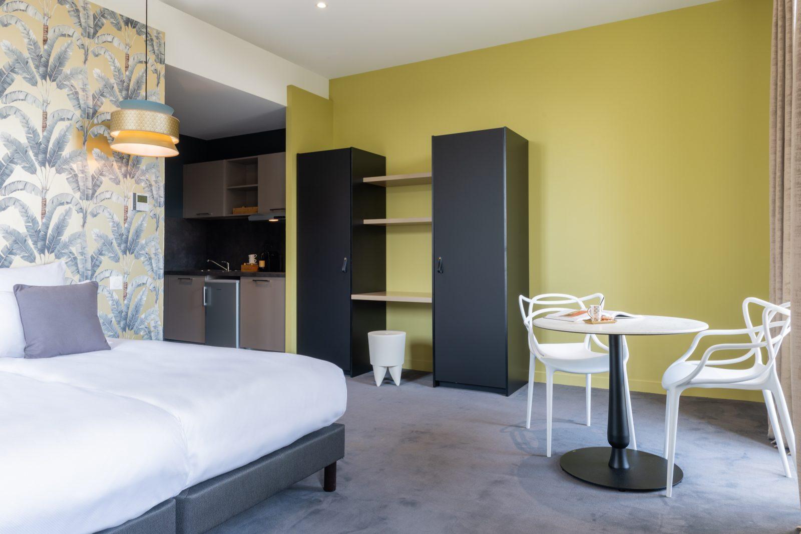 Suite confort avec kitchenette_Château de Tauziès