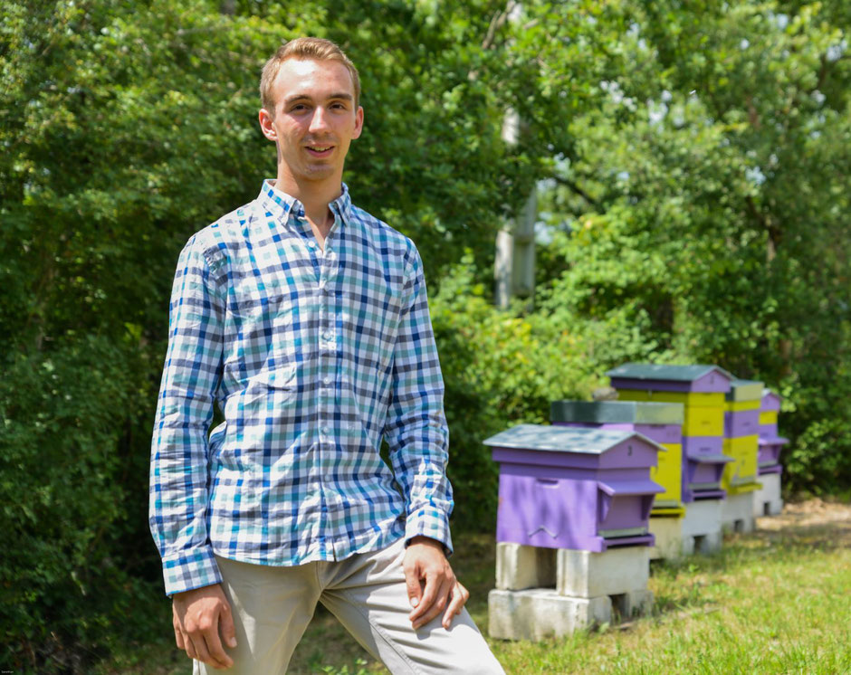Mathieu Domecq – Les Ruches de Mathieu – Producteur de Miel et magasin apicole à Lavaur – Tarn-Agout – 81n et pro