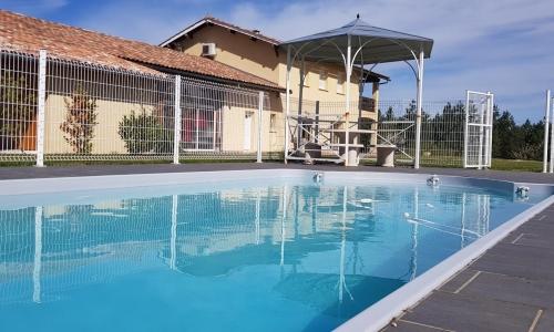 piscine domaine de Bancals
