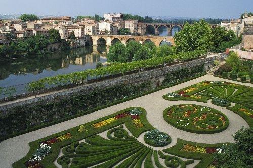 Albi jardins du palais de la Berbie