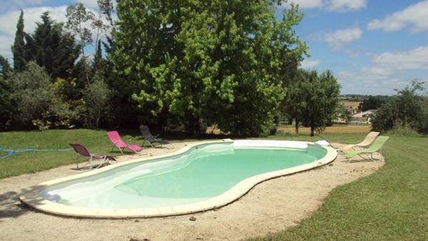 Proximité d'Albi, appartement plain pied avec piscine privée sur terrain clos