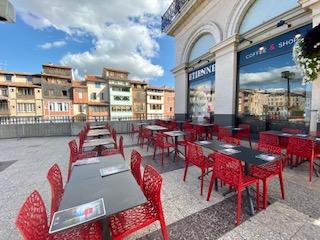Etienne Coffee Shop