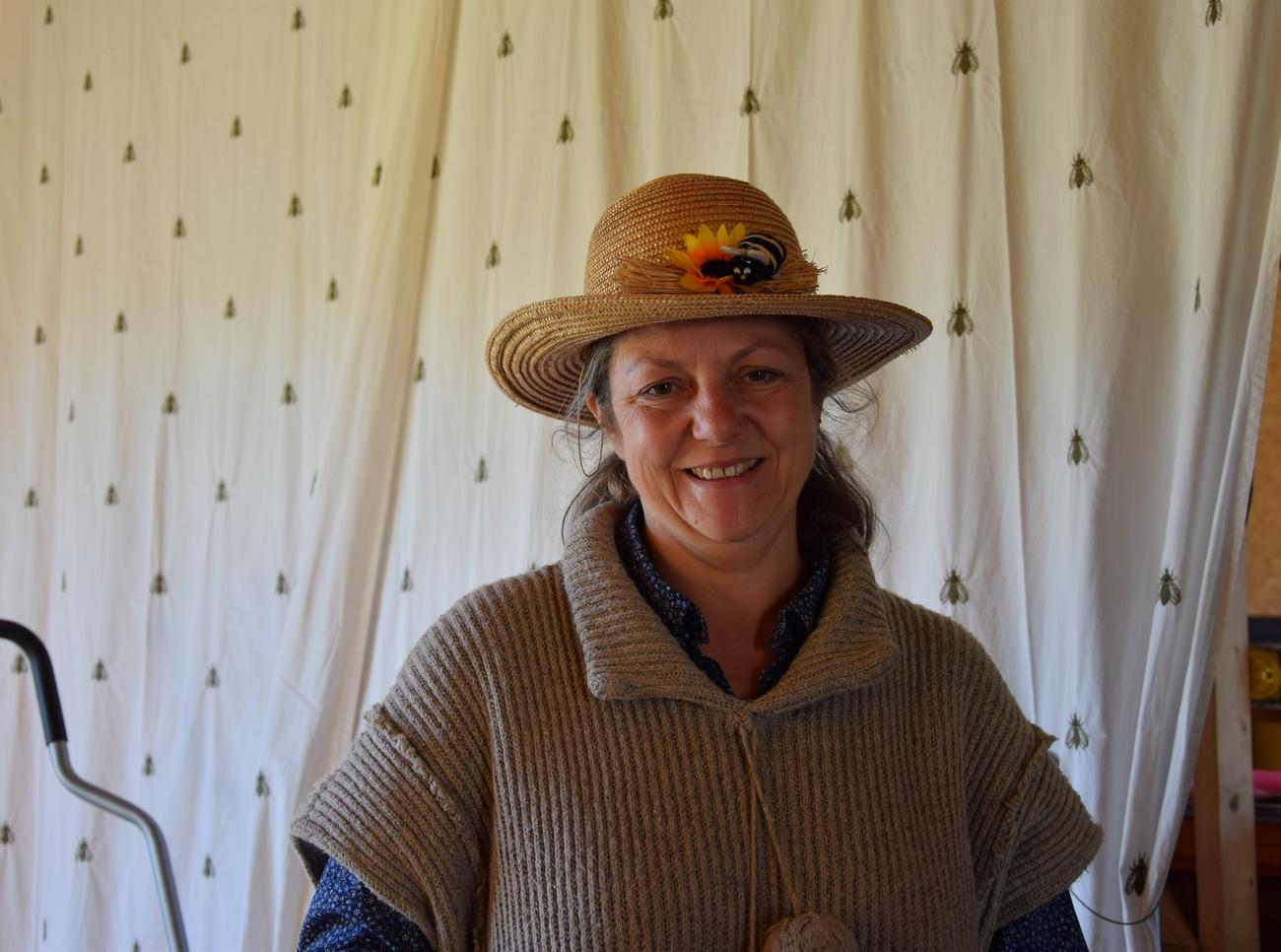 Fabienne Castelain – Le rucher fleuri