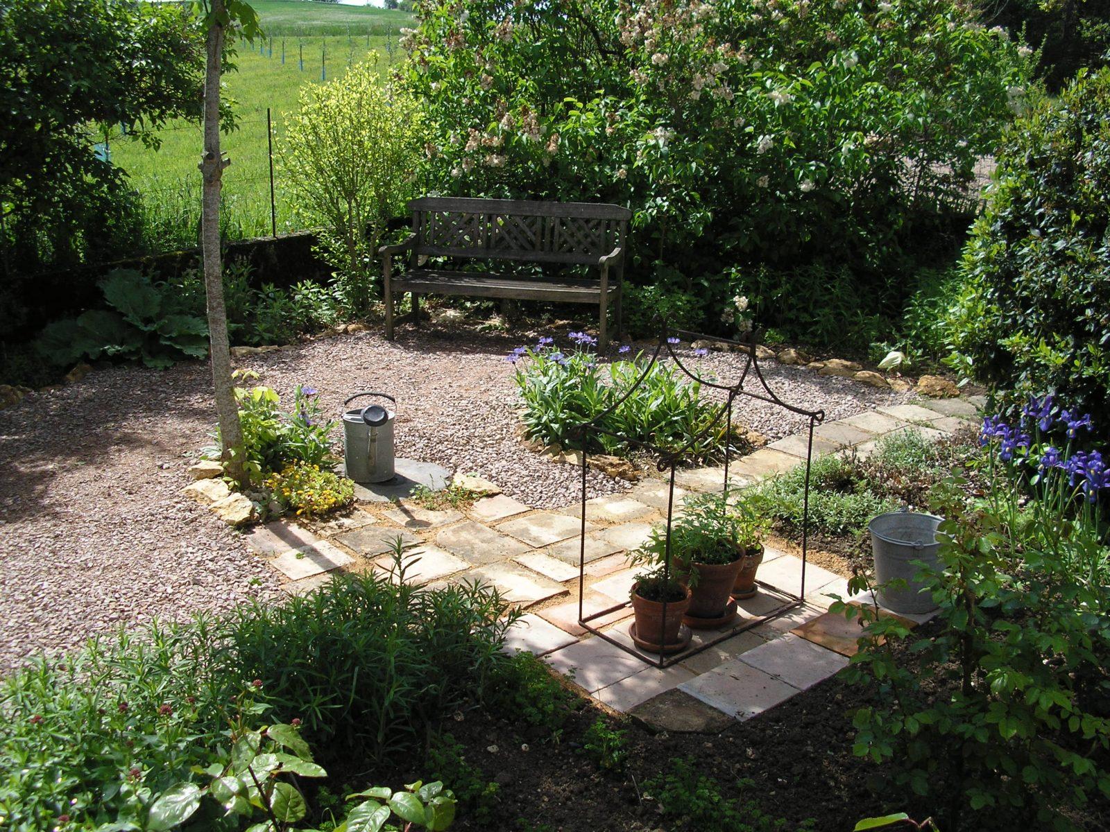 Petit jardin de la Chambre d'hôtes