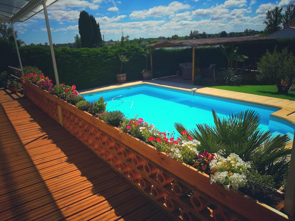 Les terrasses d'Aiguelèze ~ La piscine