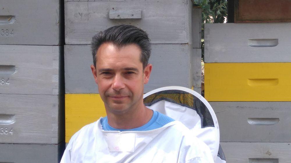 Yannick Ravary – apiculteur à Saint-Sulpice – Tarn – 81 –