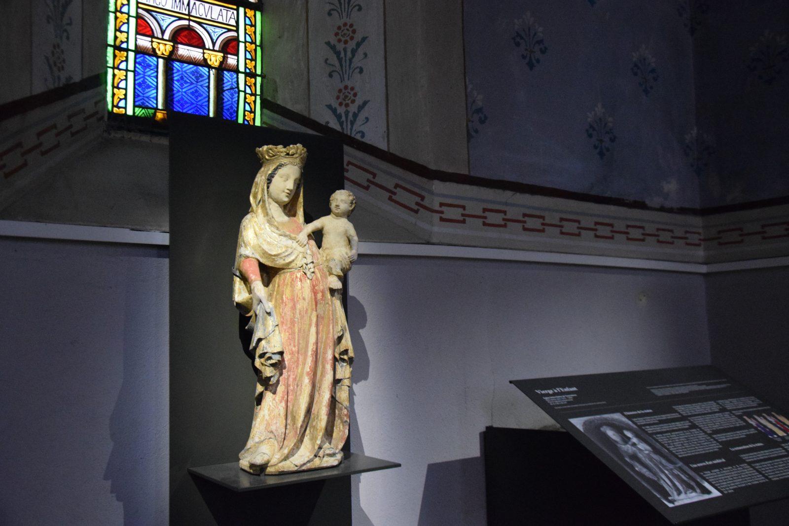 Vierge à l'enfant église Notre Dame
