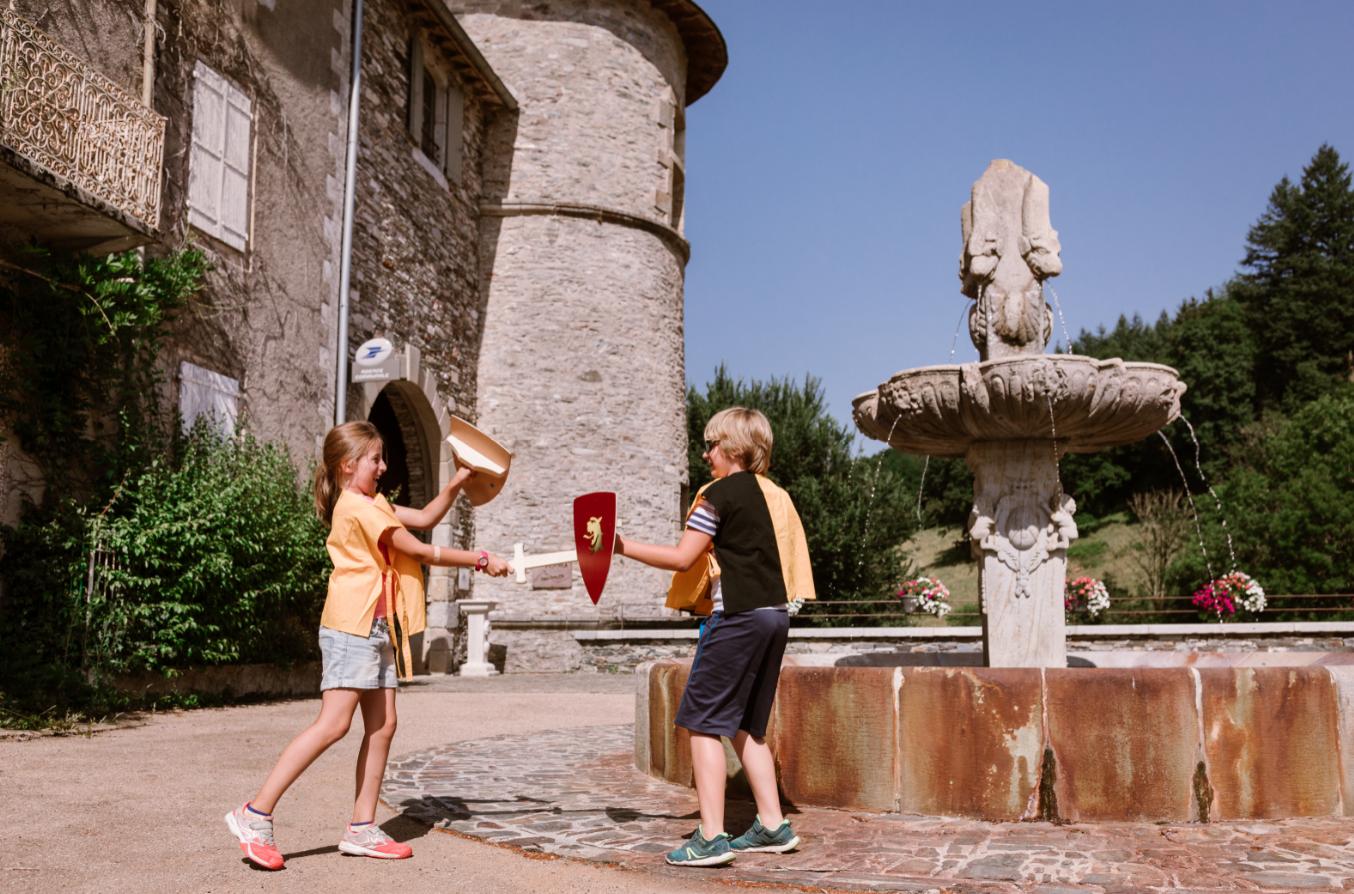 Viste du château pour les enfants – Lacaze Tarn